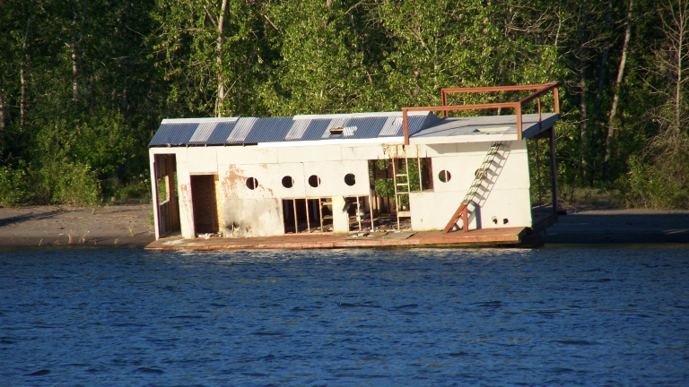 Wrecks of caterpillar island Floating homes portland